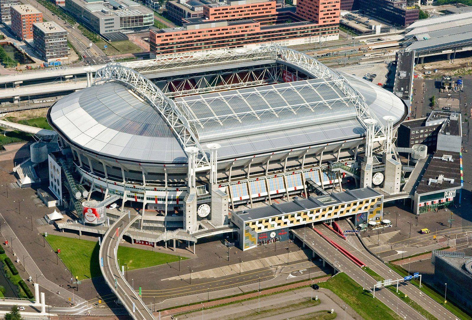 Amsterdam Arena Es Un Recinto Deportivo Ubicado En La Ciudad De Amsterdam Paises Bajos Destinado Principalmente Estadios Del Mundo Estadios Estadio Deportivo