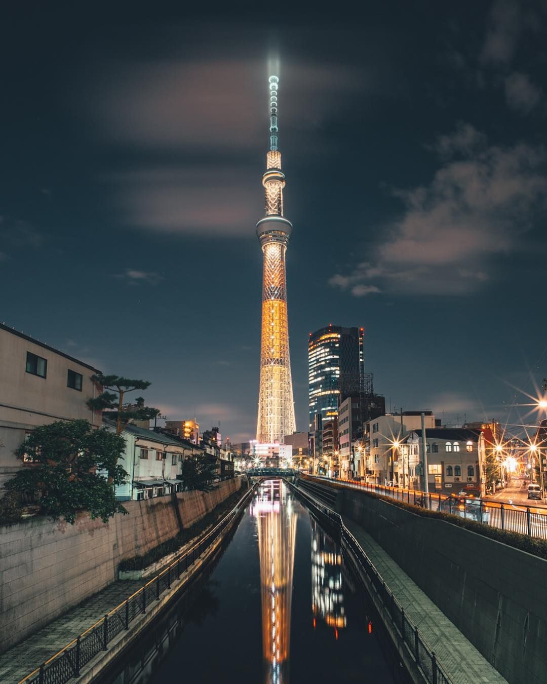 Explore Tokyo . Tokyo Skytree . . . #sonyalpha