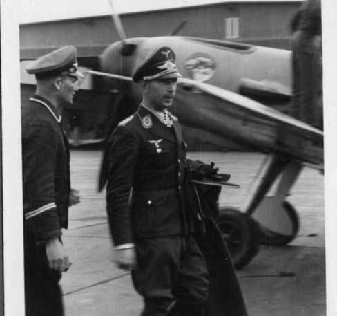 FalkeEins - The Luftwaffe blog : Kommodore JG 51 and his Bf 109 F-2 -Luftwaffe fighter aces