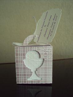 Caixinha Personalizadas para Batizado e Primeira Comunhão. <br>Acompanha  terço e cartãozinho com o nome da criança, data e local.