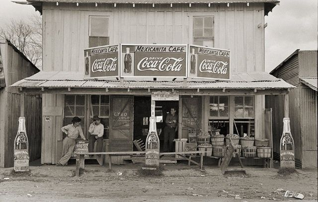 Robstown, TX Cafe and Grocery Store 1939 | Old stores in ...