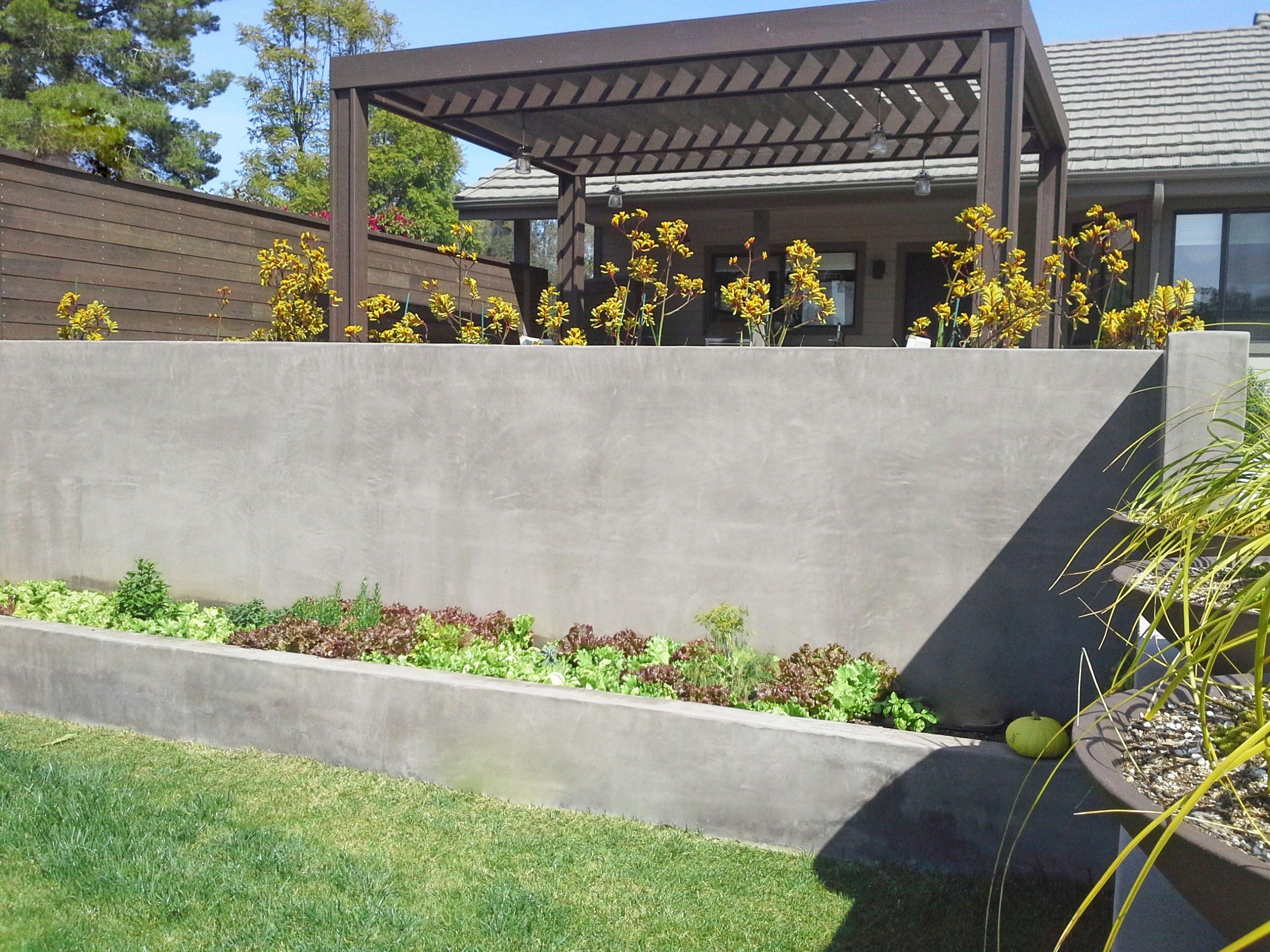 simple concrete retaining wall backyard garden ideas | outdoor ideas