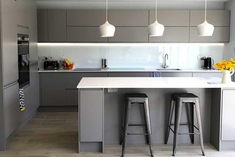 Best Diy Kitchens Innova Luca Matt Dove Grey White Corian 400 x 300