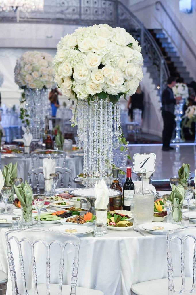 wedding venues on budget los angeles%0A Stunning table flowers decoration at the Vatican Banquet Hall in Los Angeles