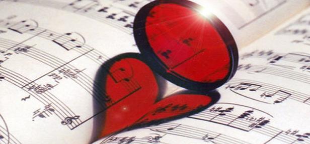 """Foi-se o tempo em que o amor era cultivado na música brasileira. Hoje em dia, tudo se resume a """"pegação"""", a dizer o quanto uma mulher pode ser """"gostosa"""", ou qualquer coisa do gênero. Não se faz mais música como antigamente. Isso é fato."""