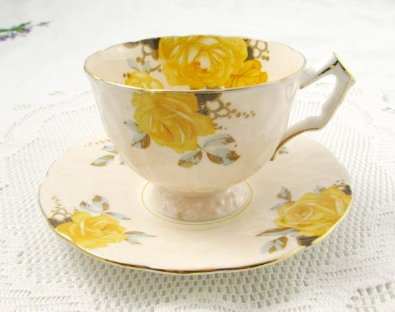 Aynsley Tea Cup and Saucer with Yellow Roses - Vintage Bone China - Crocus Shape #teacups