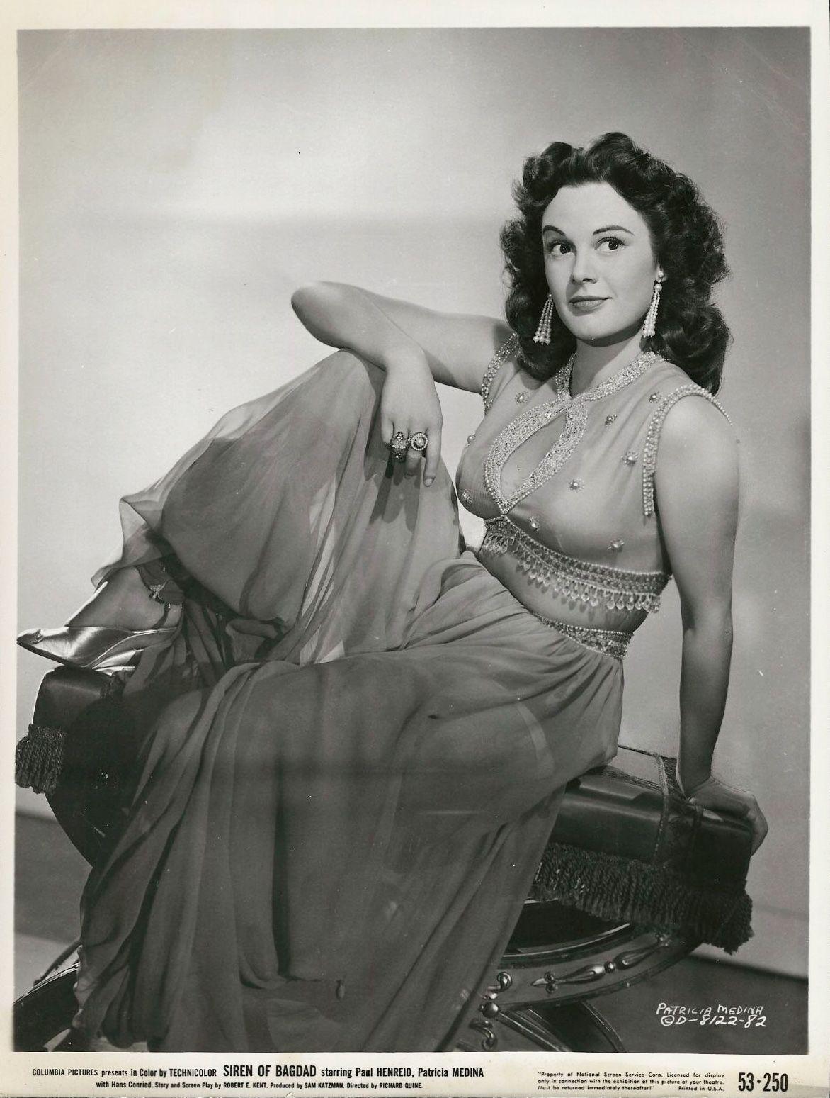Claire dela Fuente (b. 1958) photo