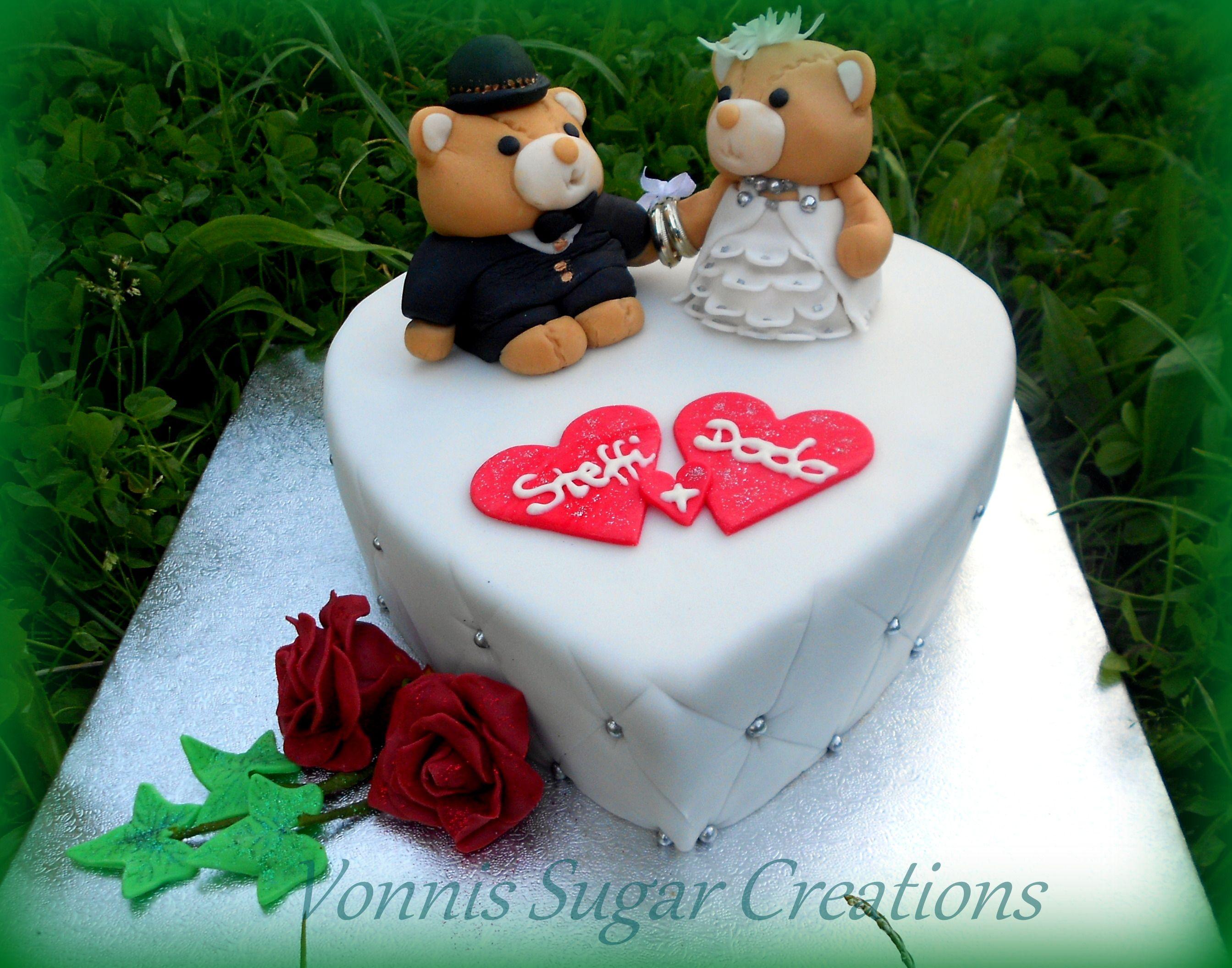 Small Wedding Cake Bears Heart Fondant Kleine Hochzeitstorte Herz