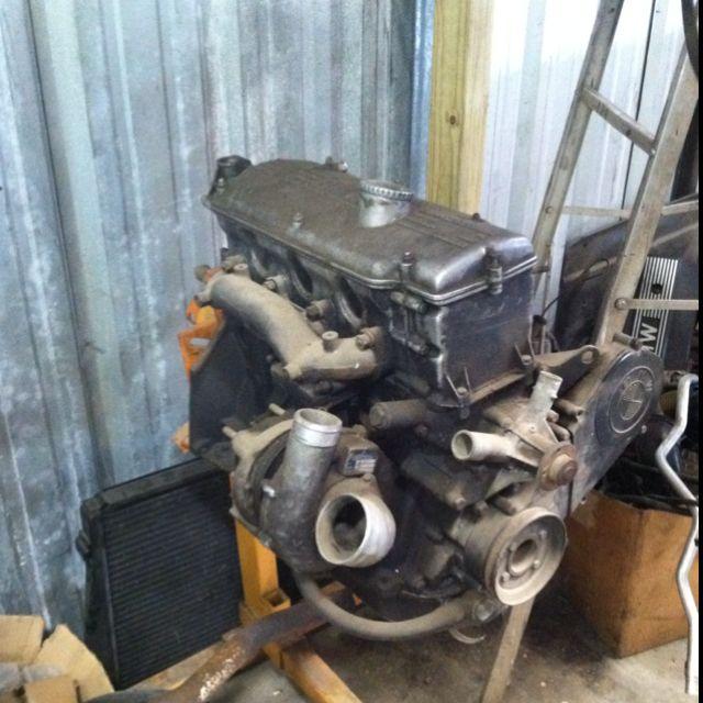Bmw M10 Engine: Factory BMW 2002 Turbo Engine