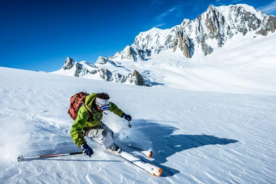 Jimmy Sesana in action on the Vallée Noire (Glacier du Géant)