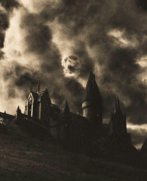 Http Theh0use0fblack Tumblr Com Harry Potter Bildschirmhintergrund Harry Potter Asthetik Hogwarts