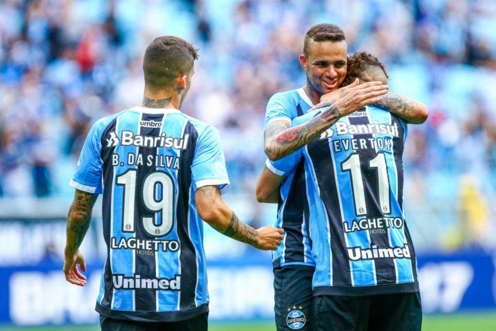 Grêmio goleia e dificulta a chance do Flamengo ir para o