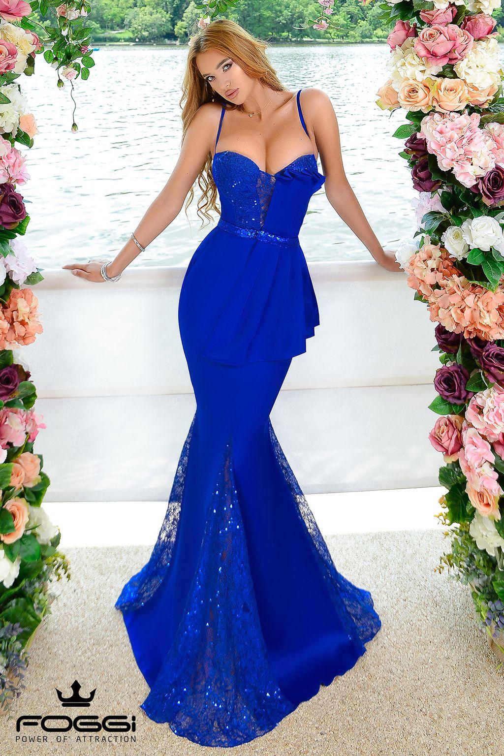 Abiti Blu Eleganti.Abito Lungo Elegante Blu Cobalto Con Pizzo In 2020 Nice Long