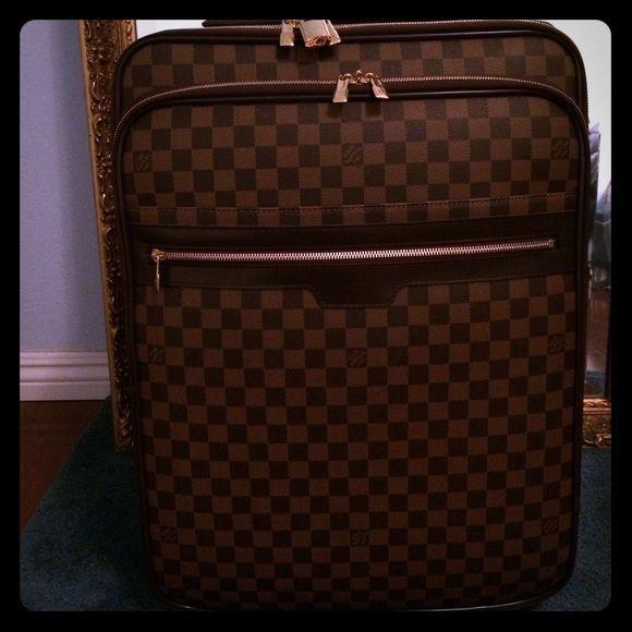 fa88934e3eba Louis Vuitton Pegase  business ed  rolling luggage Carry on size Pegase 55   brand