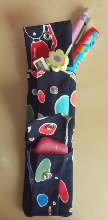 Small pencil case (and not only that) - via @Craftsy