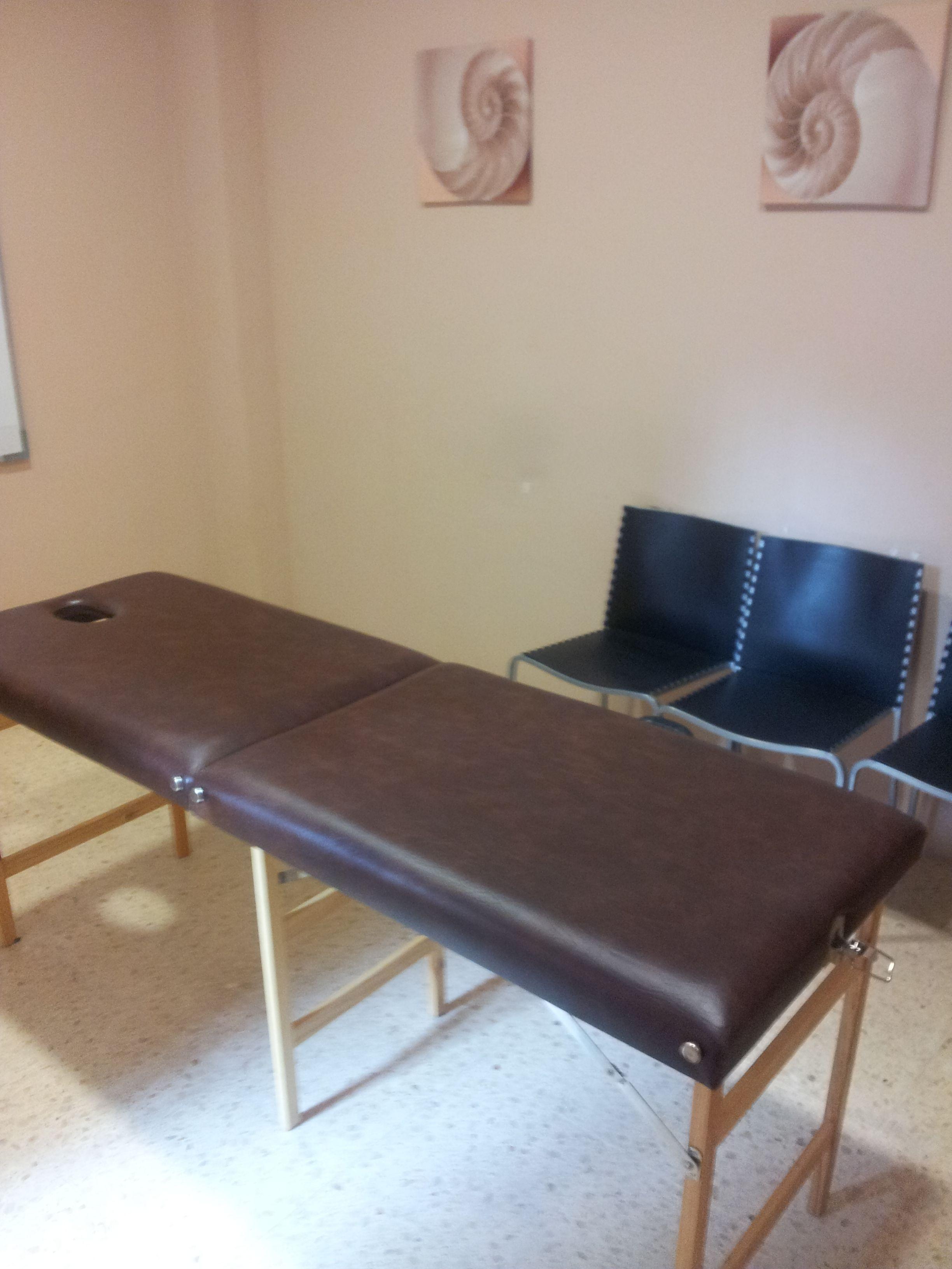 Sala De Massatges Reiki Naturopatia Kinesiologia Homeopatia I  # Muebles Kinesiologia