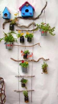 Porta maceteros con madera reciclada maceteros con for Jardin vertical reciclado