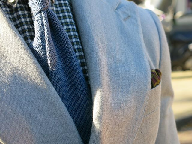 Combine a light grey Madison suit—cut from Ormezzano Pima cotton—with a green washed shirt and blue knitted tie. http://eu.suitsupply.com/nl_NL/suits/madison-lichtgrijs-uni/P3695.html?start=1&q=P3695