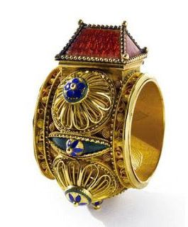 The History of Jewish Wedding Rings Ring History and Antique