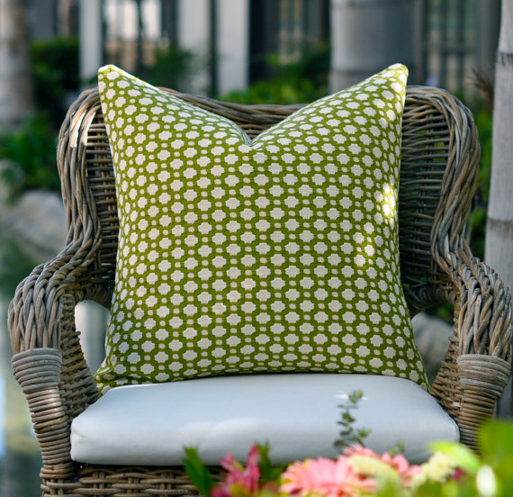 20sq. Schumacher Betwixt pillow cover in Grass by