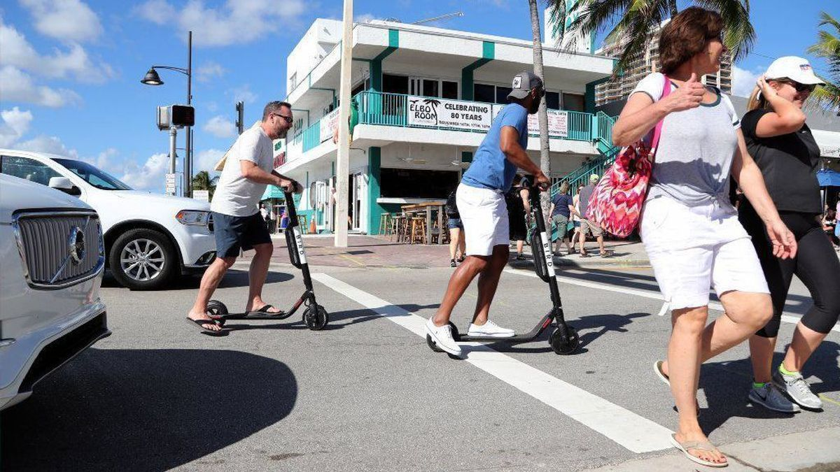 Electric scooters booted from Fort Lauderdale beach for