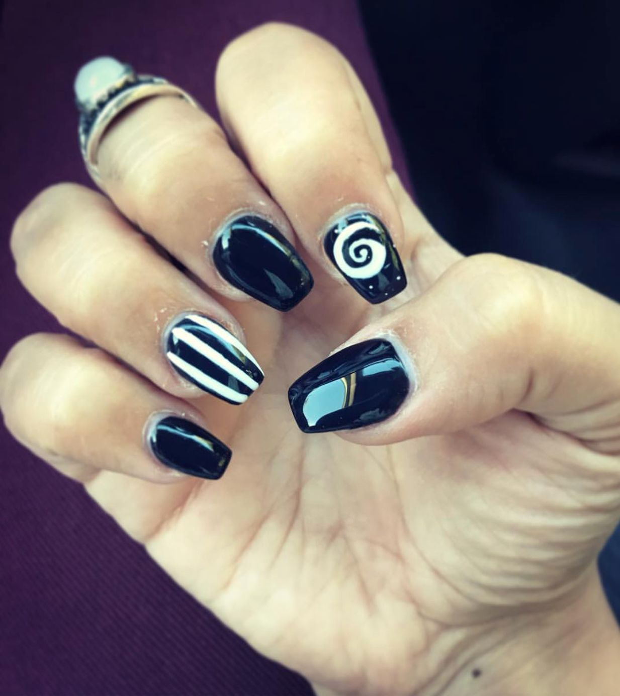 Nightmare Before Christmas Nails. Halloween Nails | Themed Nail Art ...