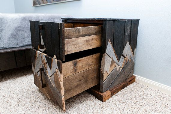 Rustic Furniture Reclaimed Wood Bedroom Furniture Unique Nightstand Natural Wood Pallet Furniture Denali Furniture S Izobrazheniyami Interer Idei Dlya Doma Mebel