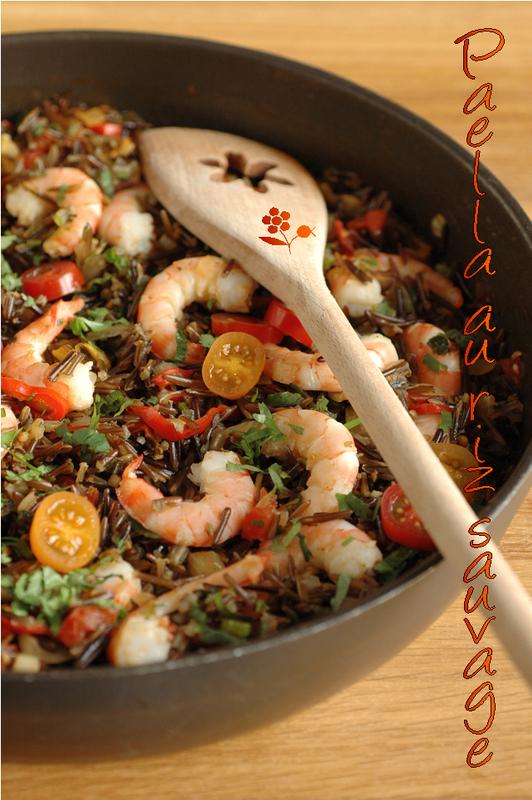 Paëlla végétarienne au riz sauvage, avec des crevettes ...