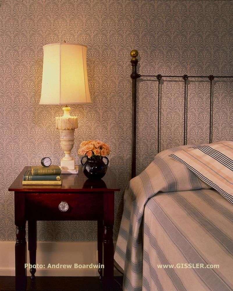 For a calming and understated Guest Room on Eastern Long