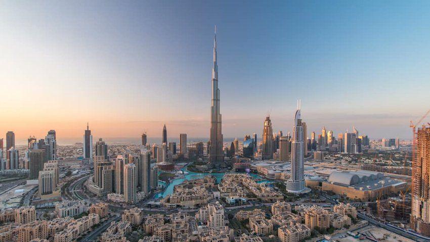 Pin By Kim Ruth On Middle East Burj Khalifa Dubai Wonders Of The World