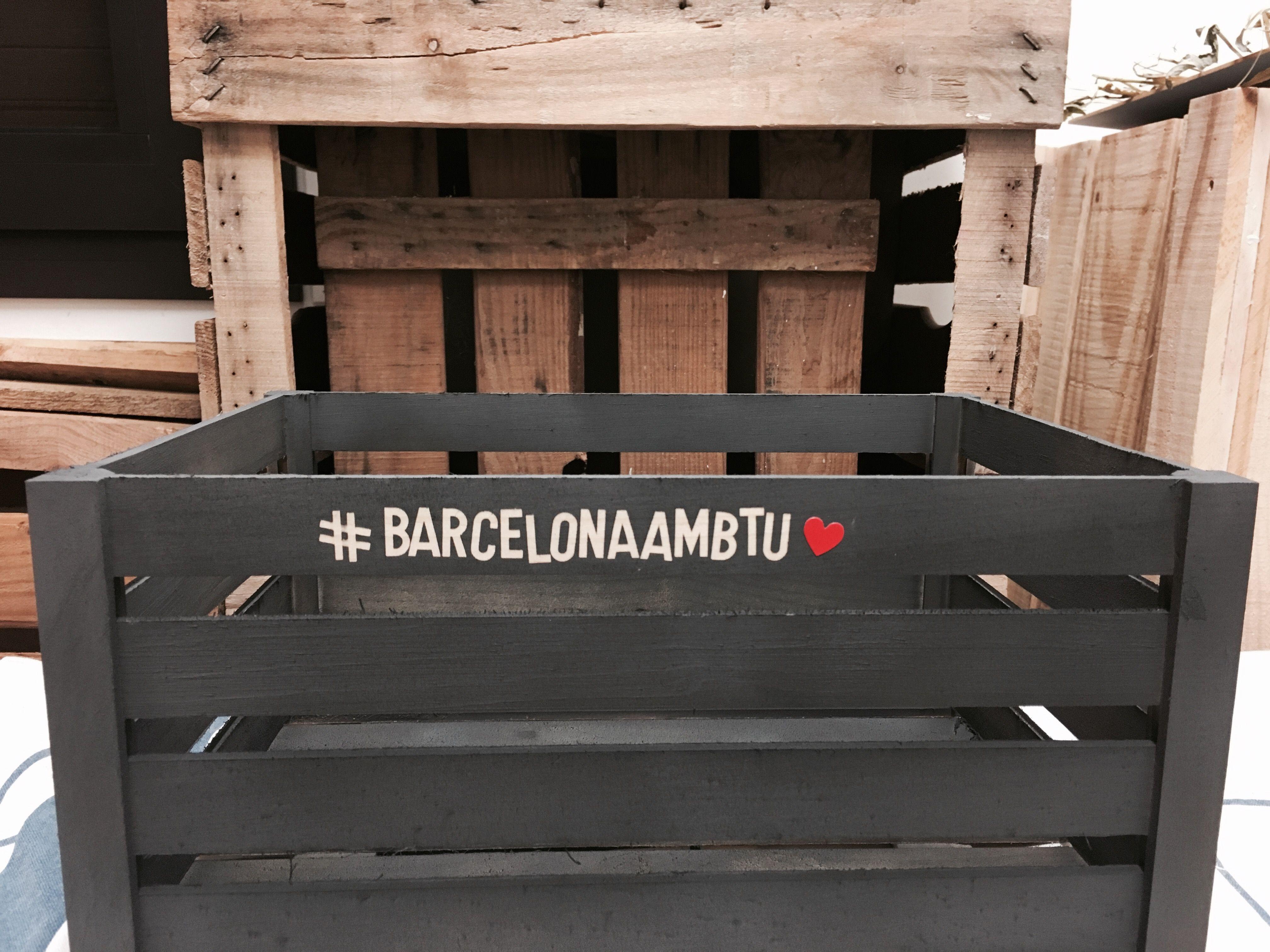 Barcelona barcelonaambtu prayforbarcelona cajas de madera decoradas proyectos handmade - Cajas de madera barcelona ...