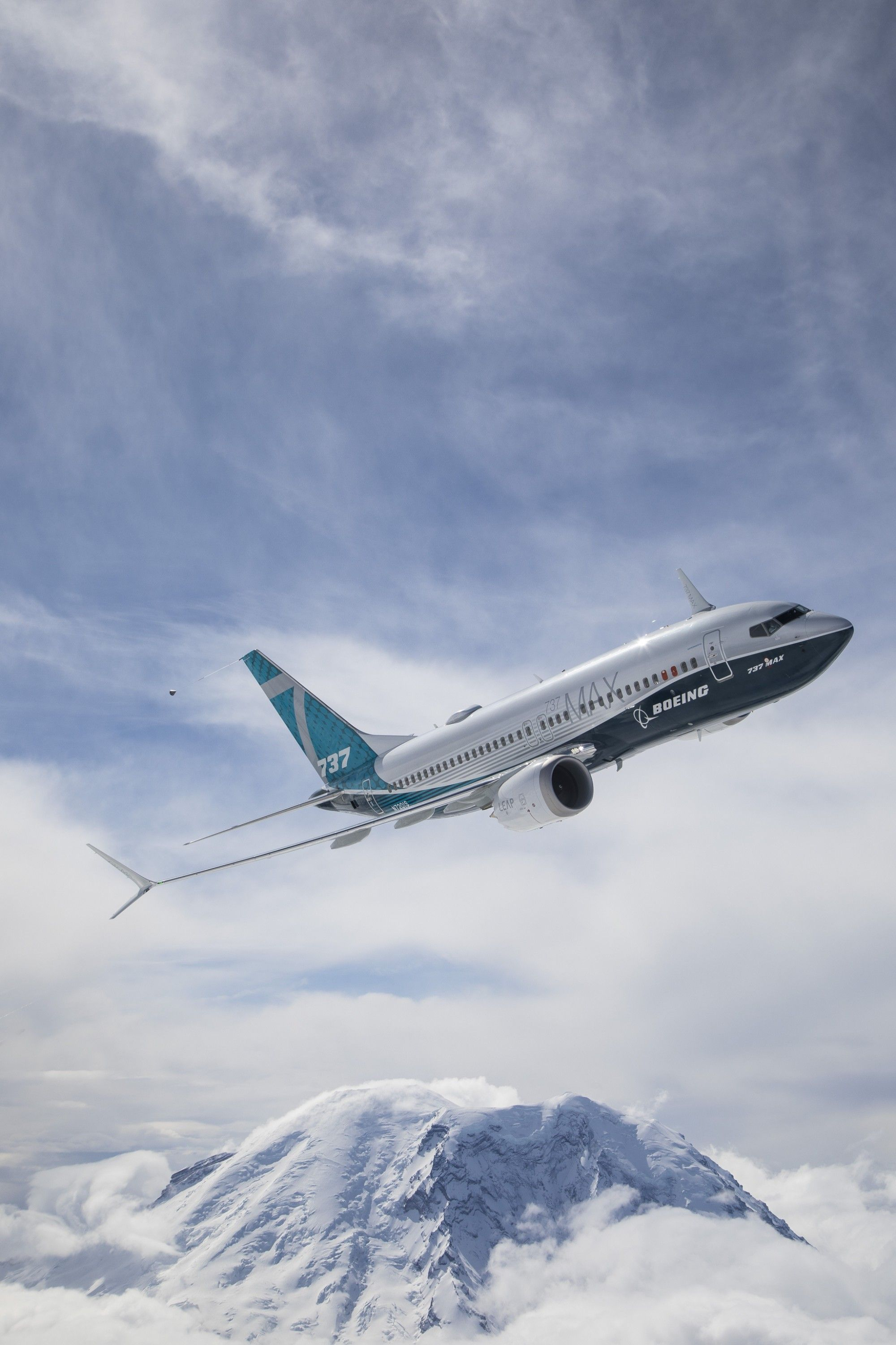 Should You Avoid Boeing Planes After The 737 MAX Crash