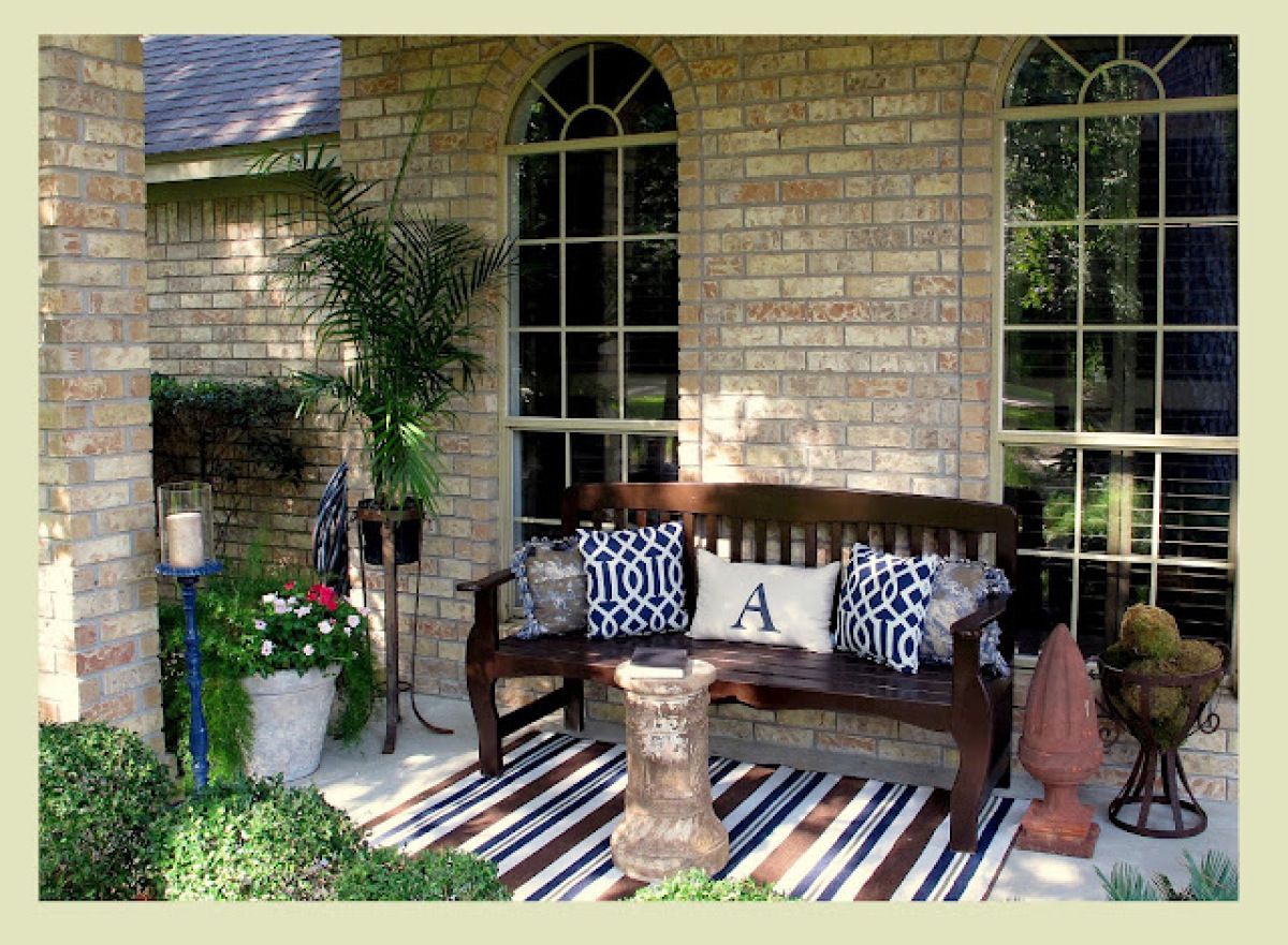 Make The Outdoors Even Better With These 13 Relaxing Porch Ideas ...