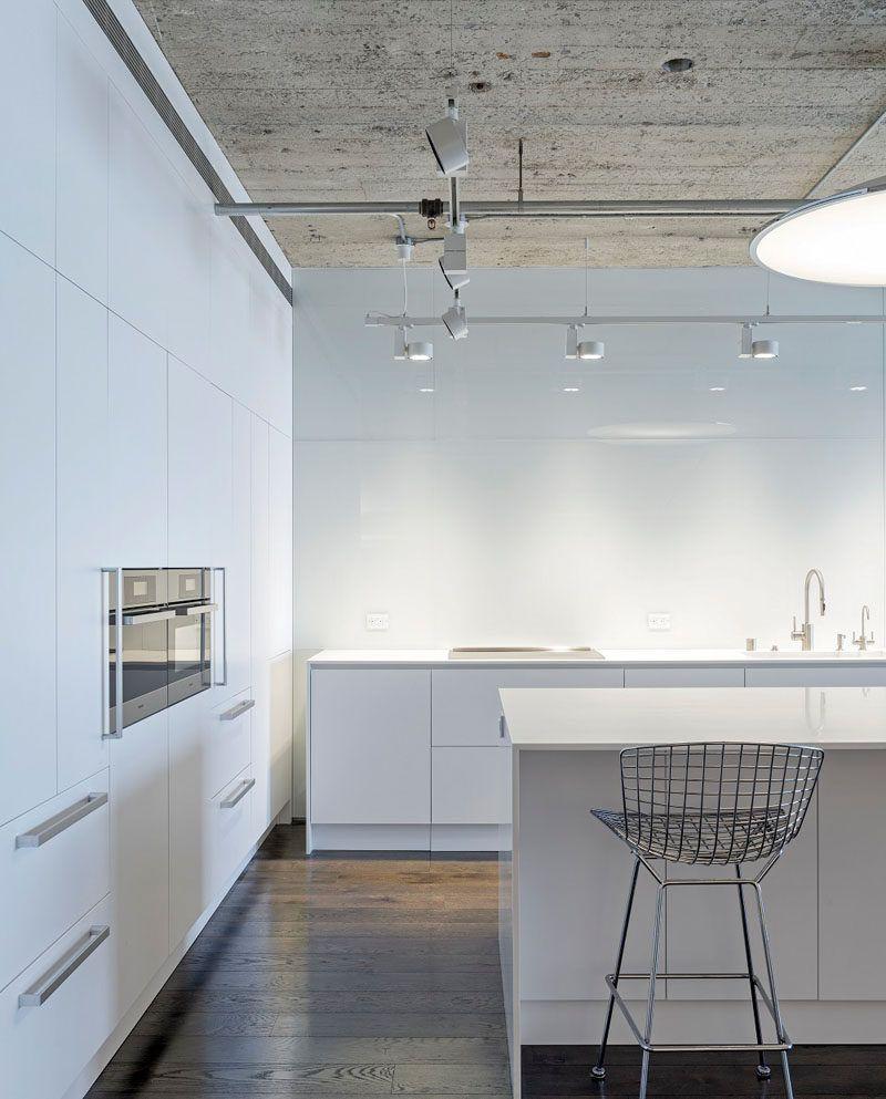 Best Kitchen Design Idea – White Modern And Minimalist 640 x 480