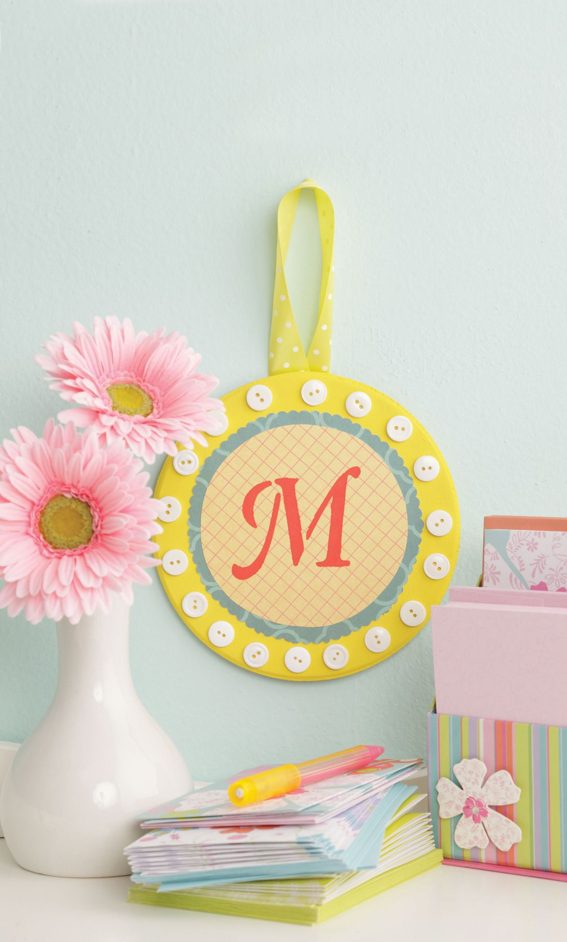Circle Wall Plaque #Crafts Visit & Like our Facebook page! https ...