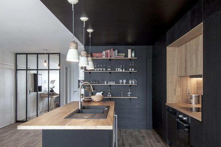 cuisine noire et bois exemple de r alisaton dans un appartement cuisine pinterest. Black Bedroom Furniture Sets. Home Design Ideas