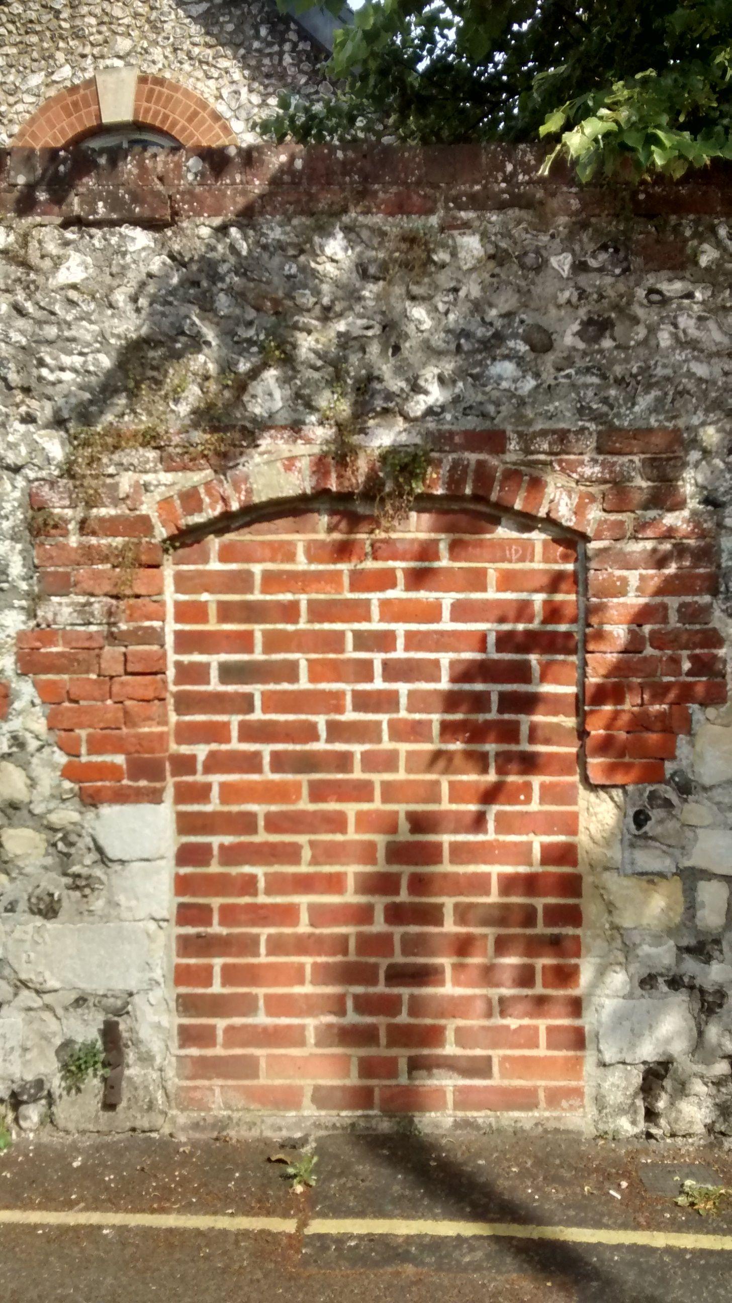 Bricked up doorway. Blending new bricks with older and stones of Hyde Abbey & Bricked up doorway. Blending new bricks with older and stones of ... Pezcame.Com