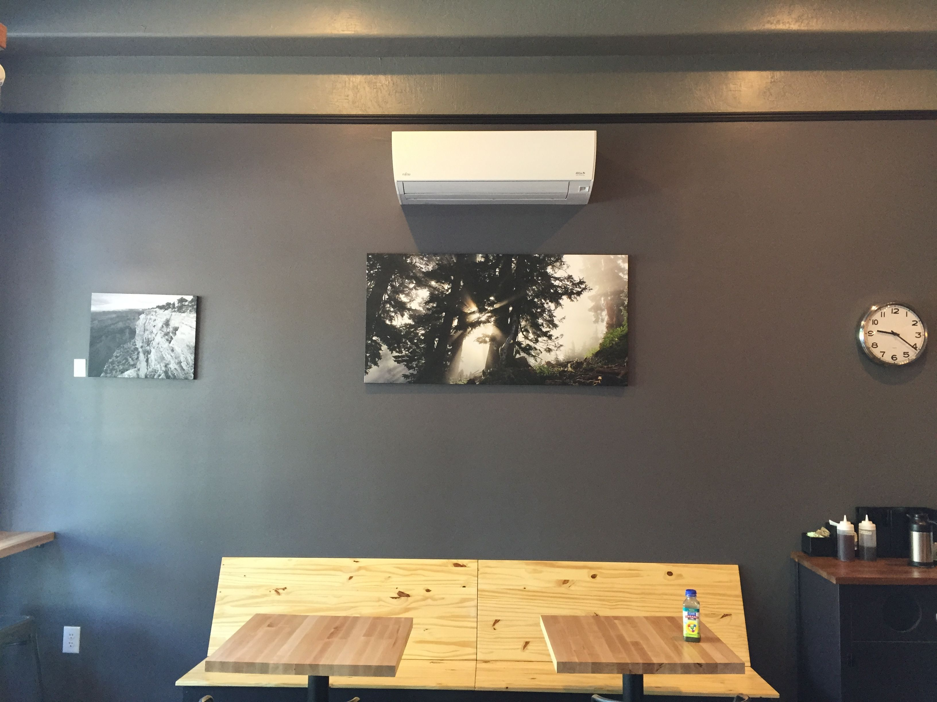 Fujitsu Indoor Wall Mounted Unit In Local Coffee Shop Heating