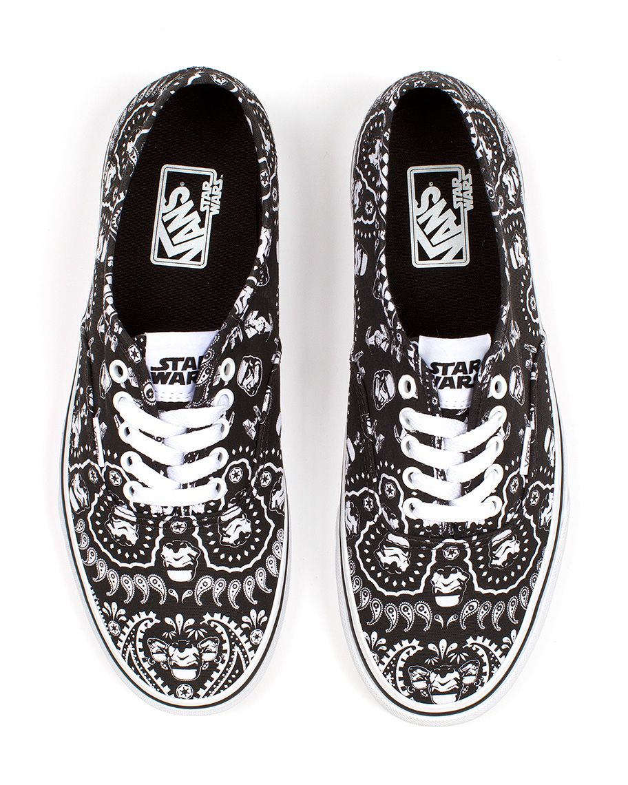 UK Shoes Store  Inexpensive Vans Classic SlipOn Star Wars White Men Shwarz