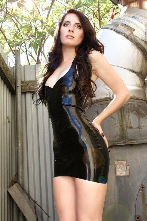 Latex Dresses | Kim west latex-wedding-dress | 3 Ls: latex