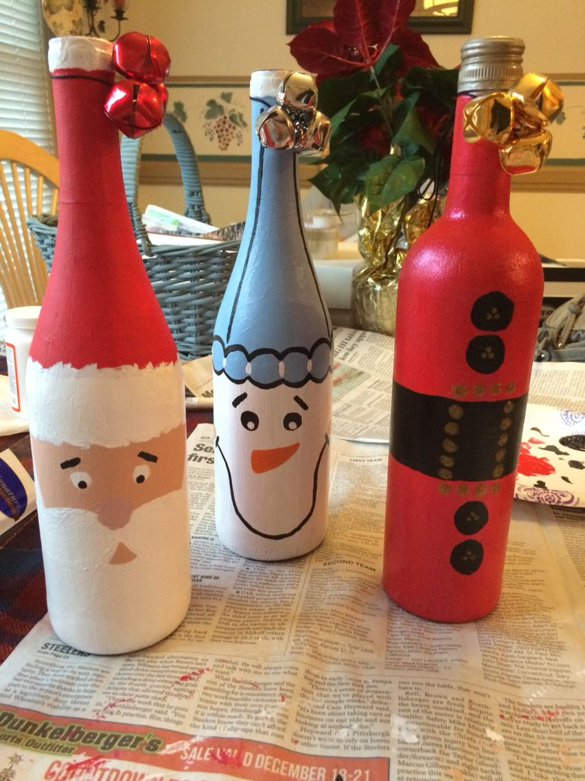 Some Christmas Presents I Made For Momma Christmas Wine Bottles Glass Bottle Crafts Bottles Decoration