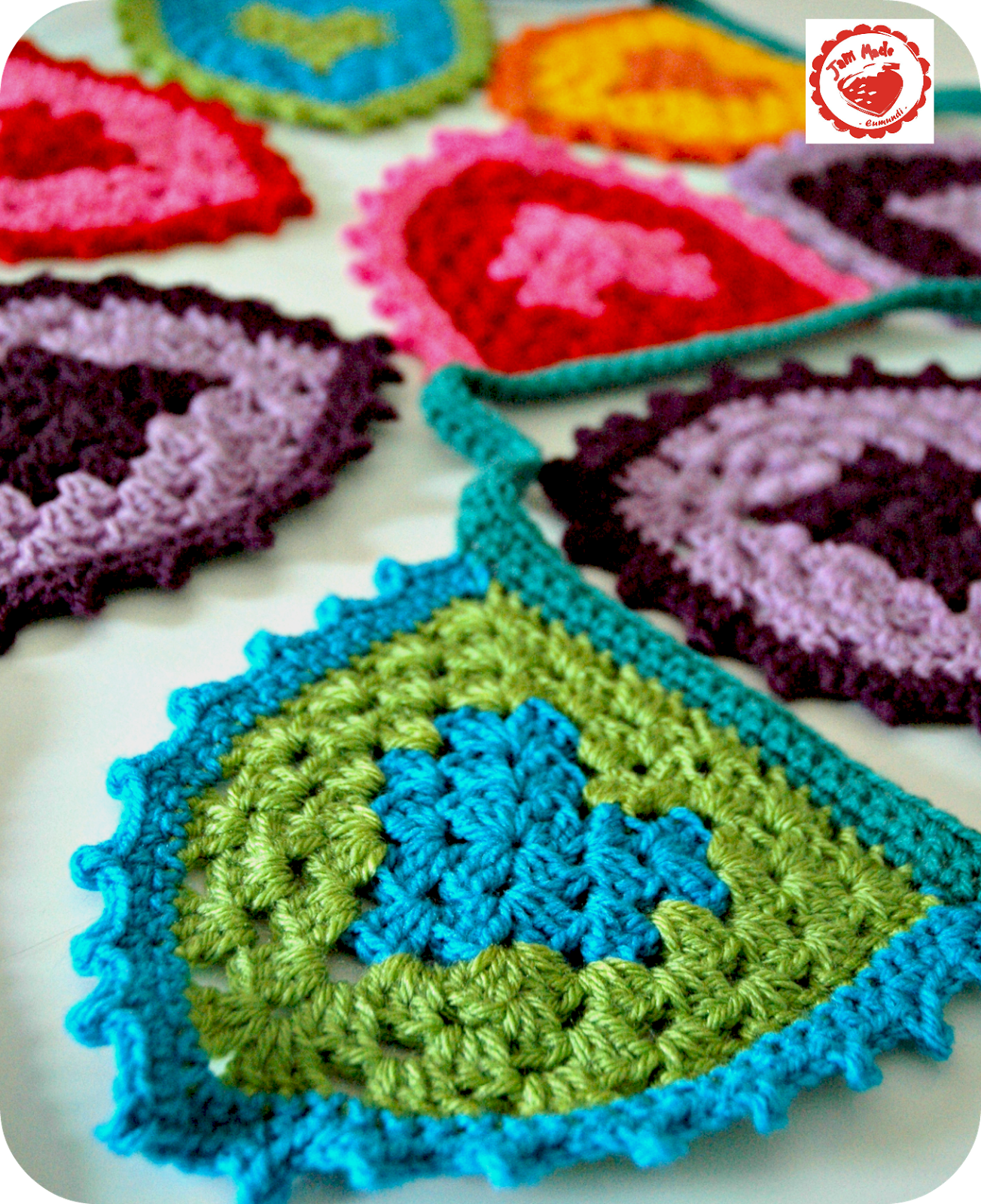 Jam Made Coming Soon Free Pattern For Awesome Heart Bunting
