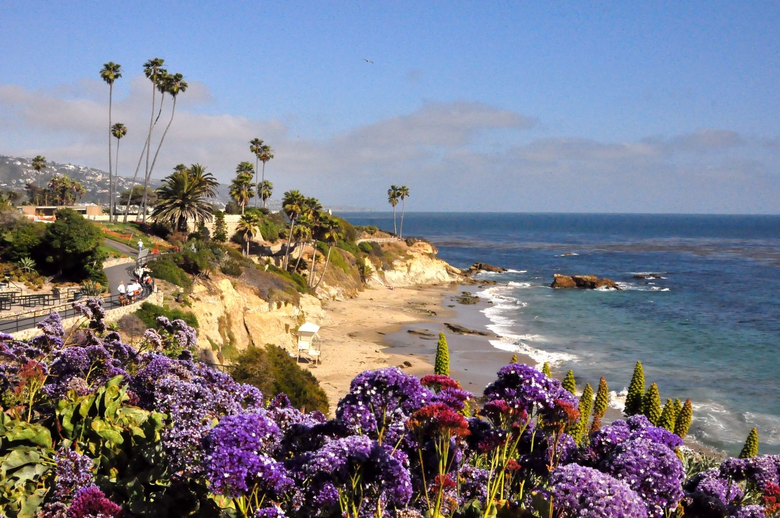 Laguna beach most beautiful coastline in the world for Pretty beaches in california