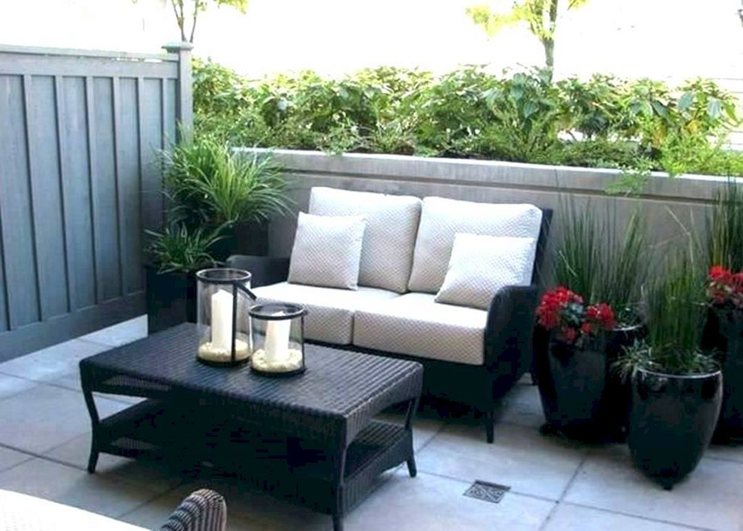 15+ Beautiful And Cozy Small Patio Decoration Ideas On a ...