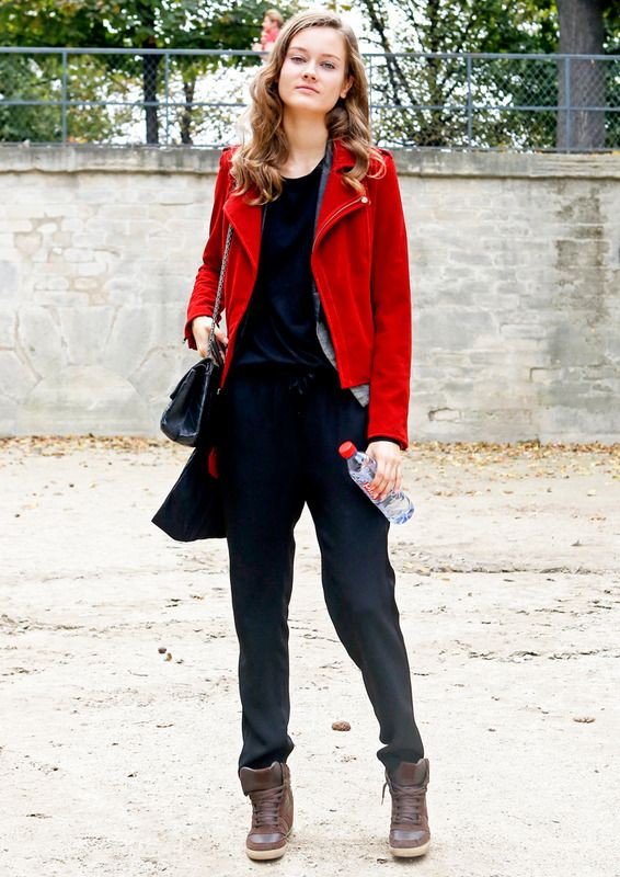 Black sporty look with a red jacket.