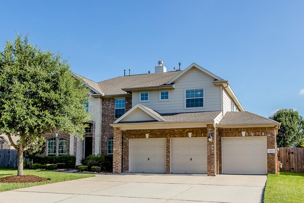 3209 Barry Moore Dr Pearland Tx 77581 Har Com House Styles