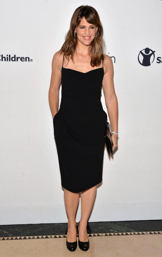 Roressclothes Clothing Ideas Women Fashion Jennifer Garner Clic Calvin Klein Little Black Dress
