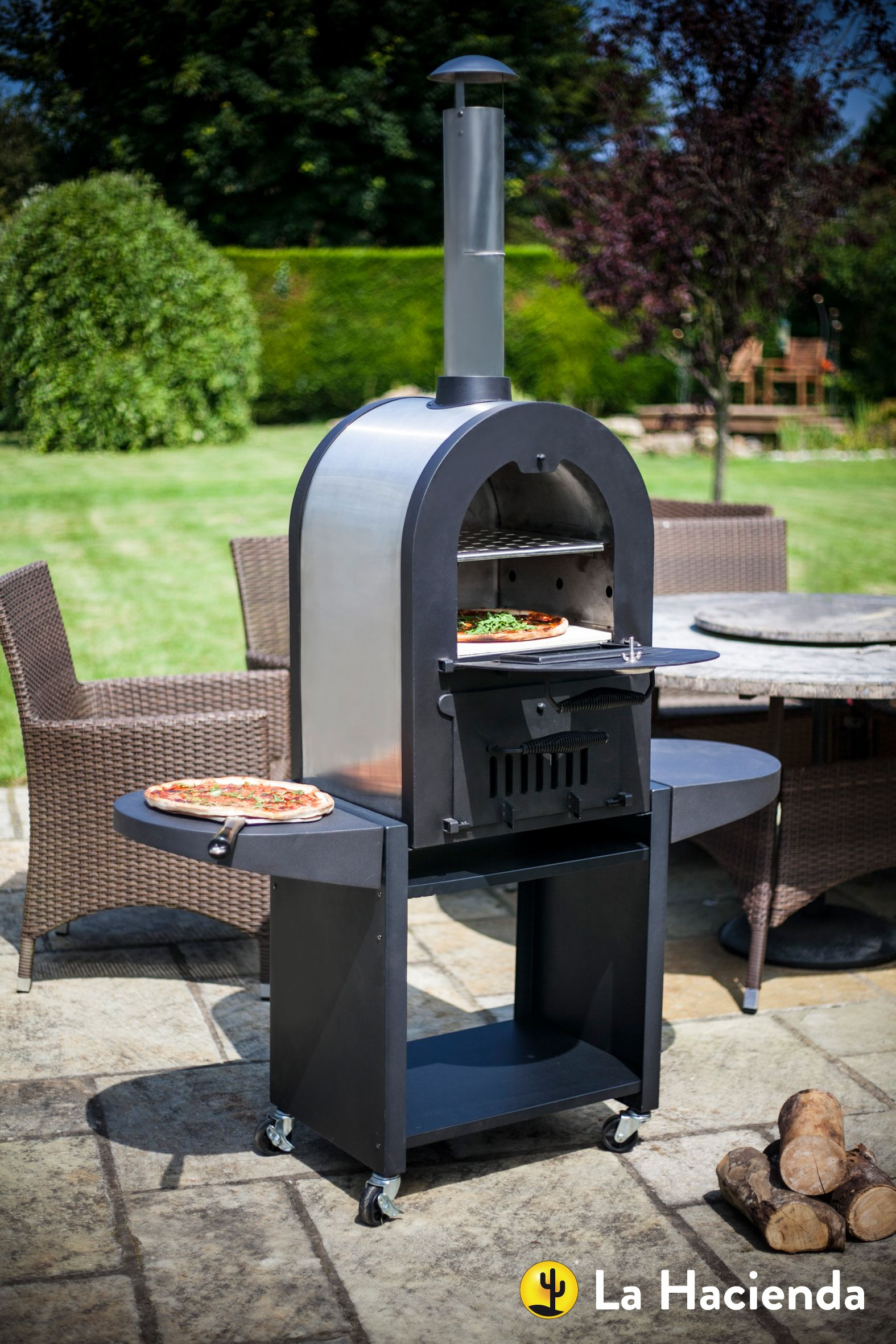 The Romana Wood Fired Outdoor Oven Perfect For Cooking