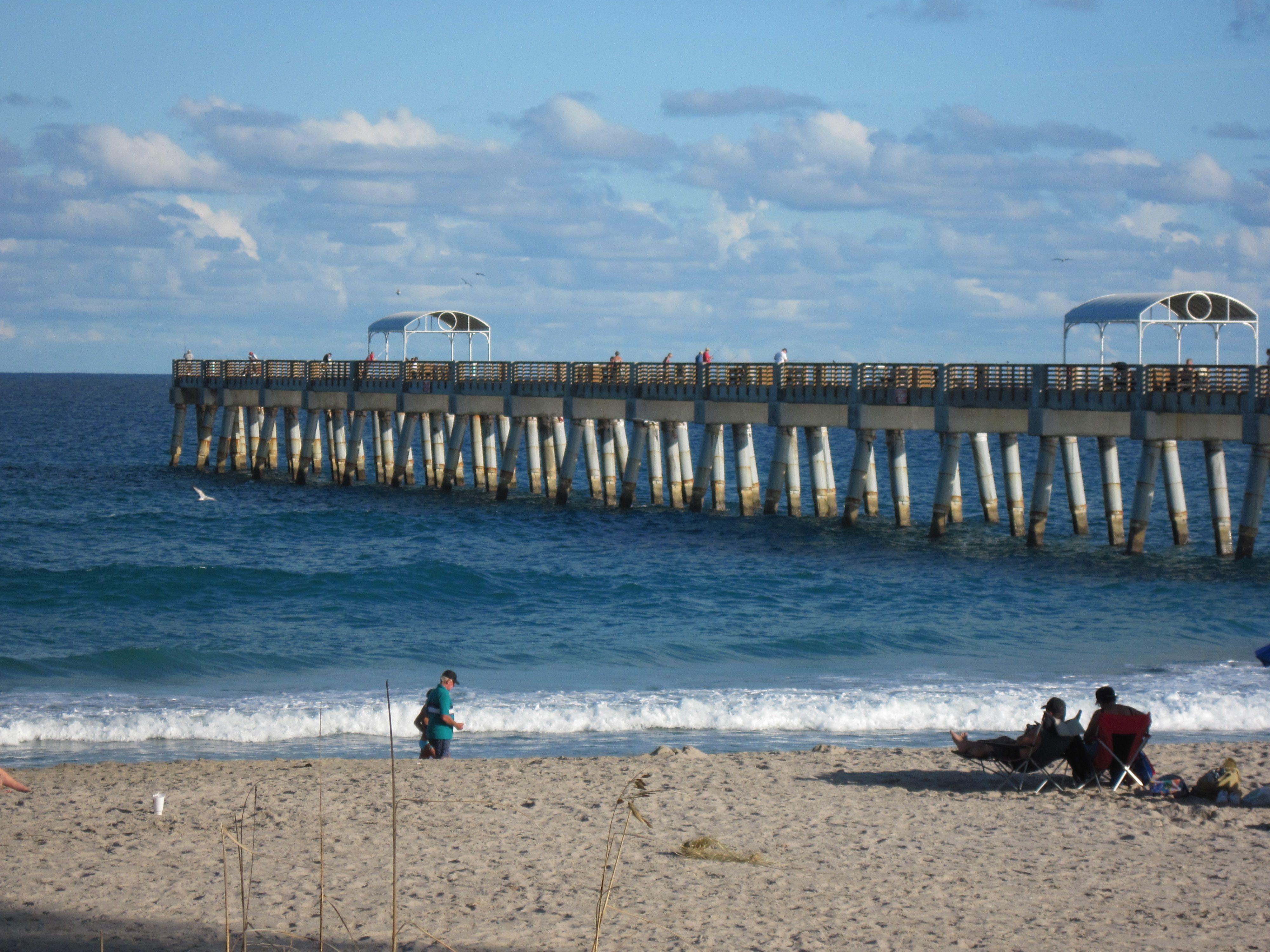The Pier At Lake Worth Fl Beach