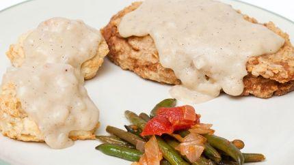 طريقة عمل ستيك دجاج بالكريمة Recipe Chicken And Biscuits Chicken Recipes